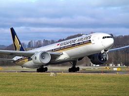aj_singapore airlines b777 2